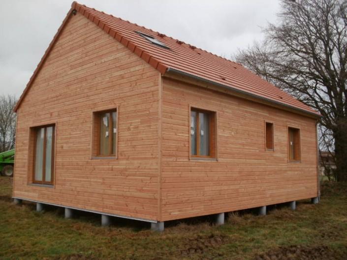 tuiles en terre cuite alpha 10 10 u m sur maison ossature bois sarzay 36 sarl plantureux. Black Bedroom Furniture Sets. Home Design Ideas