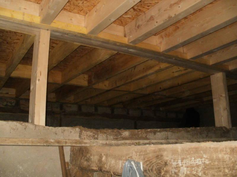 Création de solivage en sapin traité avec plancher bois dans habitation à Ors